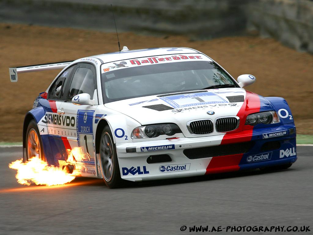 【BMW M3】第5世代のスポーツセダンの魅力と価格とは?