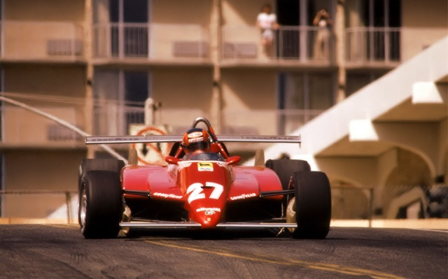 1982_Gilles_Villeneuve_Ferrari_126C2_Long_Beach_02