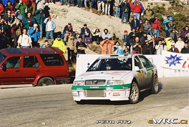 Kenneth Eriksson - Christina Thörner - Škoda Octavia WRC Evo2