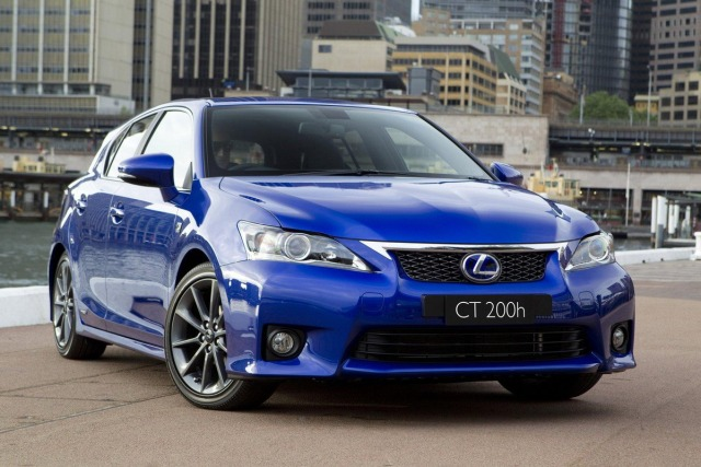 Lexus-CT200h-F-Sport-3