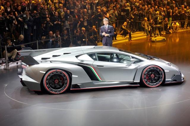 Lamborghini Veneno 03