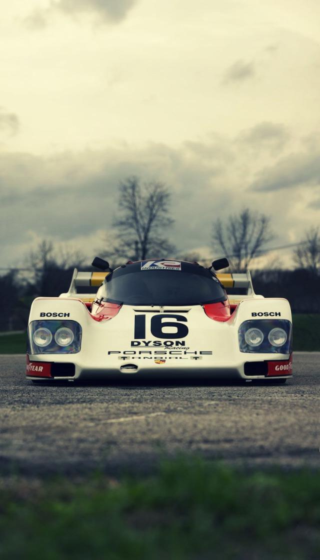 1986-Porsche-962-Race-Car-4
