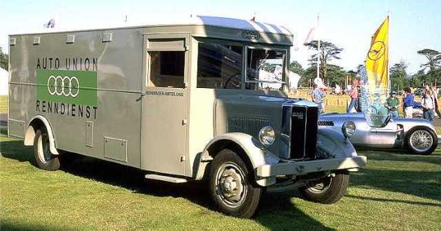 Auto Union-Transporter