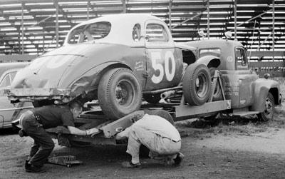 towing-race-car-3