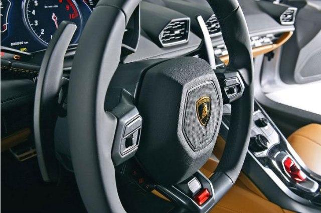 2014_Lamborghini_HuracnLP6104-1-1536 - 9