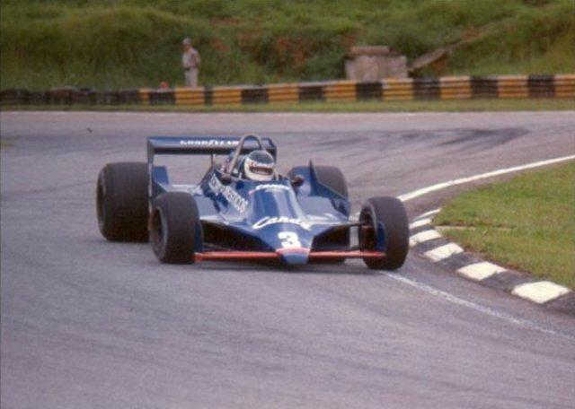 Jean Pierre Jarier, Tyrrell