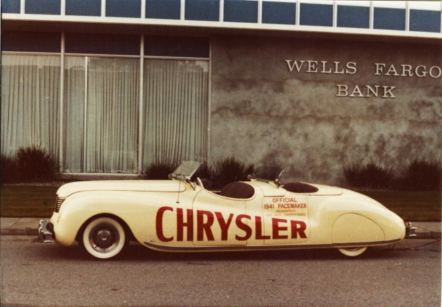 1941_Chrysler_Newport_Indy_Pace_Car_02