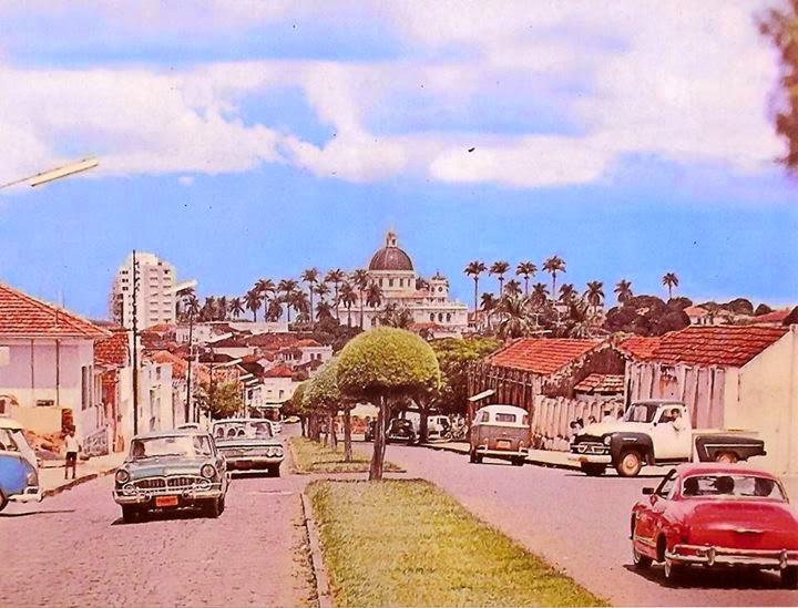 batatais-sp-cartao-postal-1963