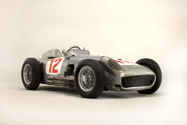 juan-manuel-fangio-mercedes-benz-w196-r-goodwood-festival-of-speed-auction-£19-601-500